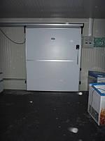 Дверь морозильная откатная