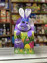 Подарунковий набір солодощів Milka з іграшкою Зайчик