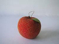"""Декоративный фрукт """"Красное яблоко """" с жемчужинами"""