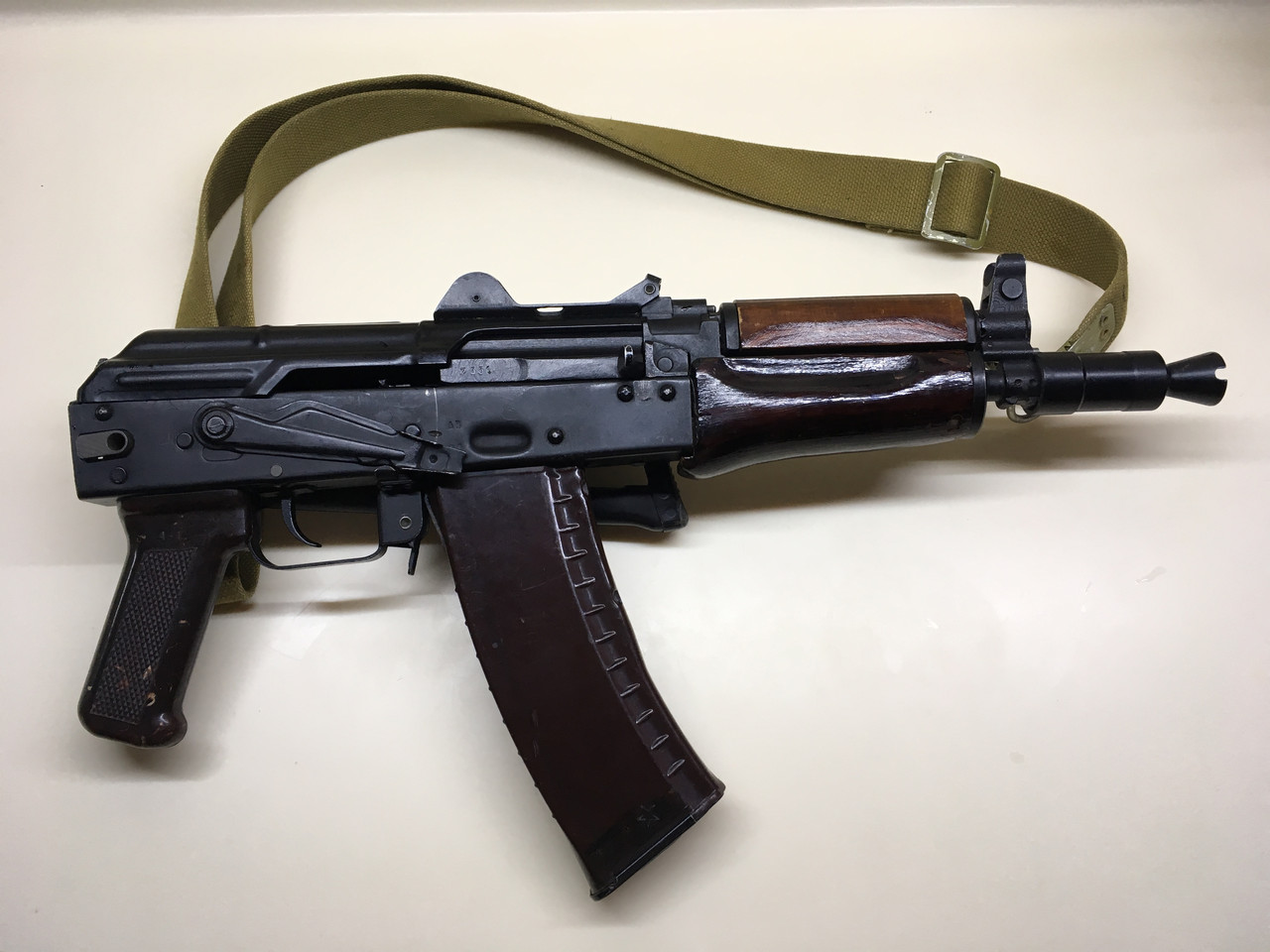 ММГ АКС-74У -автомат Калашникова (5,45-мм зі складним убік металевим прикладом) макет