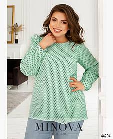 Красивая асимметрическая женская блузка из ткани софт светло-зеленого цвета, большие размеры батал от 46 до 68
