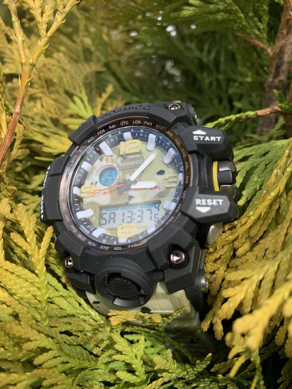 Часы водонепроницаемые и противоударные для занятия спортом и службе в армии.