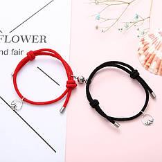 Парні браслети для двох закоханих шнурок з магнітом чорний і червоний
