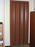 Двери гармошка глухие Орех Мускат Folding, раздвижные двери пластиковые, межкомнатные двери, скрытые, складные