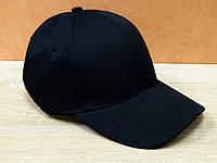 Однотонная коттоновая кепка в черном цвете