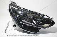 Фара правая Renault Megane IV (16-) (260102686R) Renault