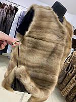 Жіноча норкова жилетка розмір XL пісочного кольору горизонтальний уклад хутра