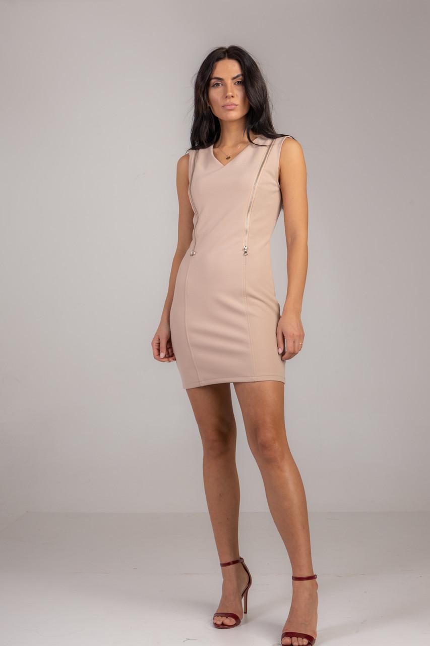 Нарядное короткое приталенное платье с в черном, белом и бежевом цвете в размере S, M, L, XL.