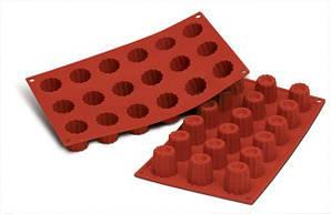"""Форма для выпечки силиконовая """"кекс"""" 3,5х3,5 см Silikomart"""
