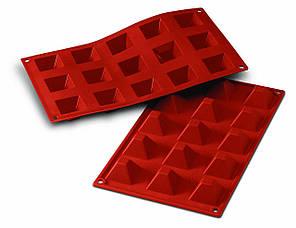 """Форма для выпечки """"Пирамида"""" 3,6х3,6х2,2 см., 300 мл., силиконовая Silikomart"""