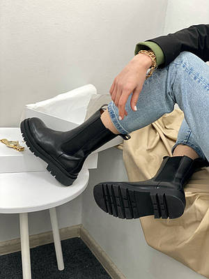 Bottega Veneta Lug Boots (черные)