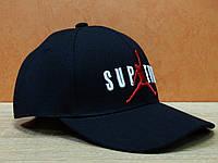 Коттоновая кепка с вышитым значком Supreme