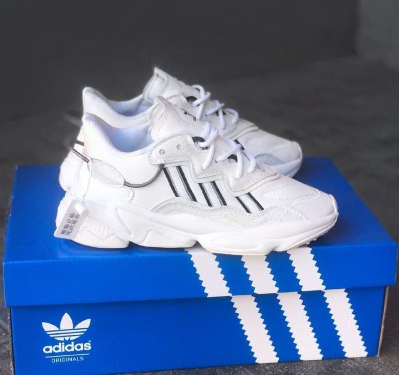 Женские кроссовки Adidas Ozweego White\Black