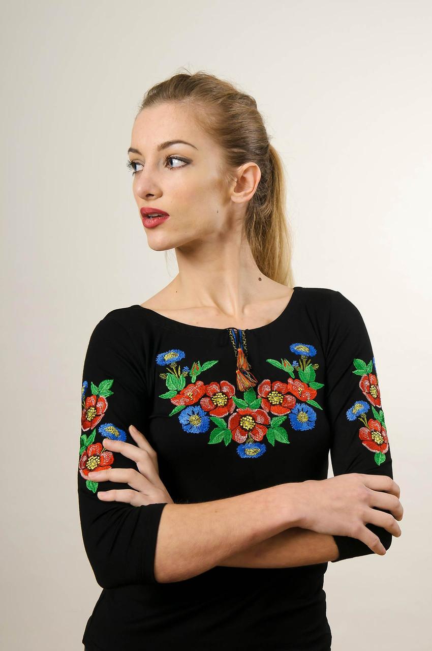 Молодежная вышитая футболка с рукавом 3/4 черного цвета с цветочным орнаментом «Волошкове поле»