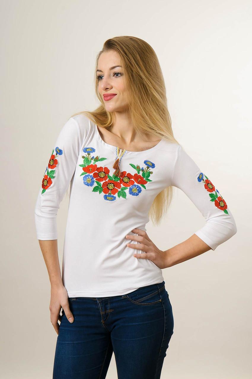 Вышитая футболка для девушки с рукавом 3/4 белого цвета с красным цветочным орнаментом «Волошкове поле»