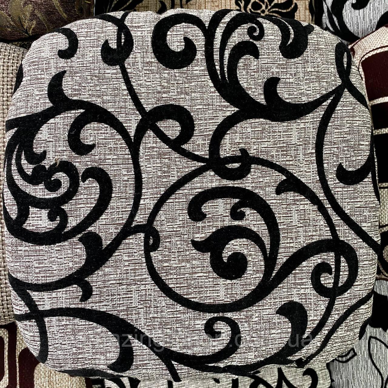 Чехлы накидки на стульчики и табуретки | На размер табуретки от 30 до 34см. Высокого качества, полноразмерные.