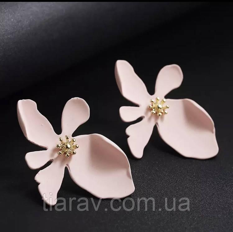 Сережки біжутерія, сережки квіти, модні сережки