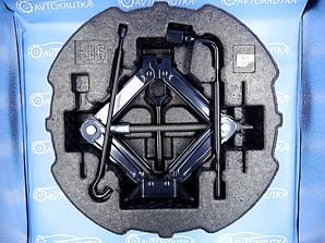 Набір інструментів, вкладиш-органайзер в R16 запасне колесо Kia K5 2010-2020