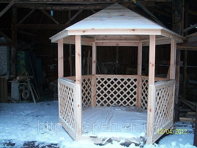 Беседка деревянная из бруса шестиугольная для дачи и сада