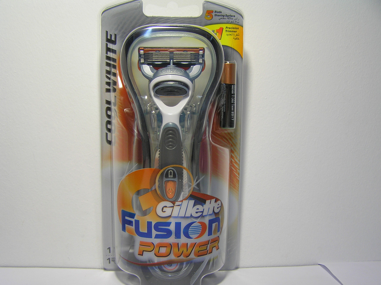 Cтанок мужской для бритья Gillette Fusion Power CoolWhite (Жиллет станок + 1 картридж)