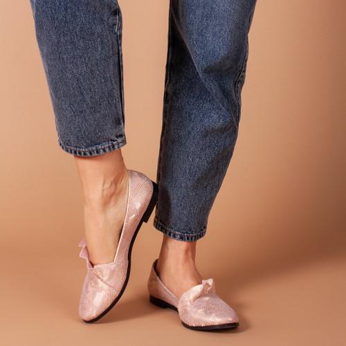 Жіночі легкі шкіряні туфлі. Колір будь-який під замовлення