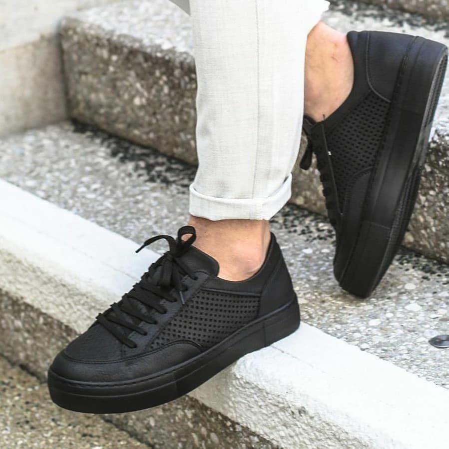 Качественные мужские кроссовки кеды черные с перфорацией Турция
