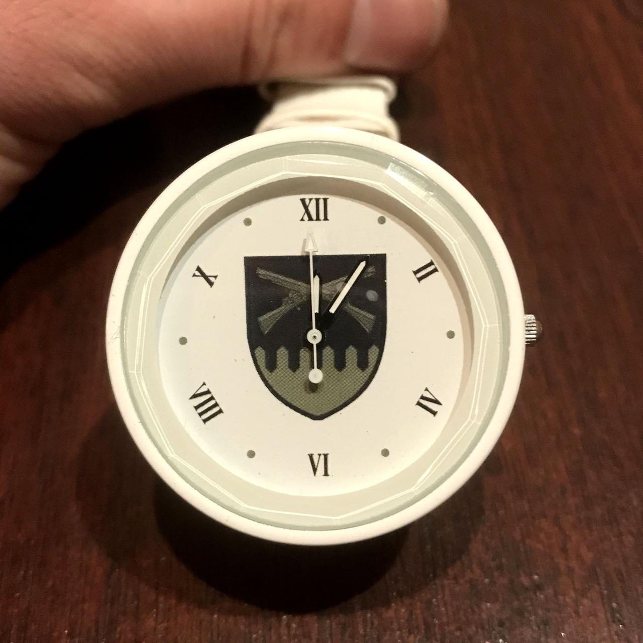 Часы наручные с логотипом 92-ОМБР