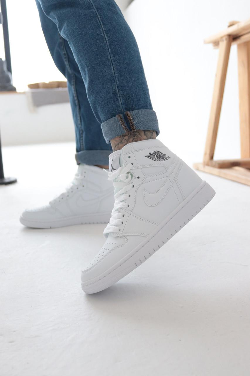 Кросівки жіночі Nike Air Jordan 1 Retro White Найк Аїр Джордан 1 Ретро Білі