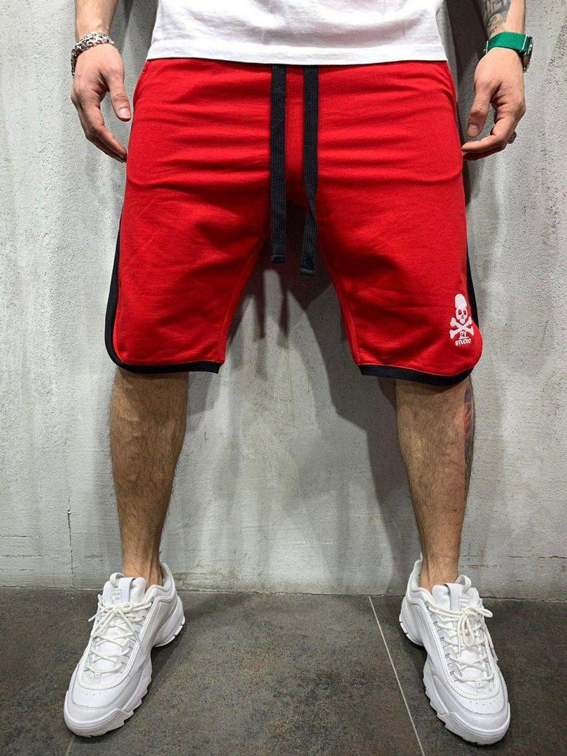 Шорты мужские по колено, цвета: красный, чёрный, белый, серый, жёлтый.