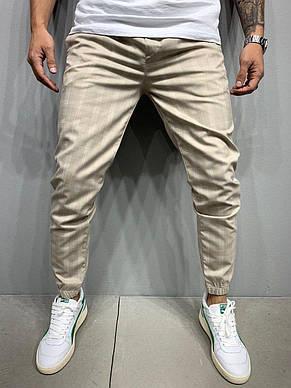 Штани чоловічі стильні літні сірі , бежеві в смужку на манжетах з лампасами, фото 2