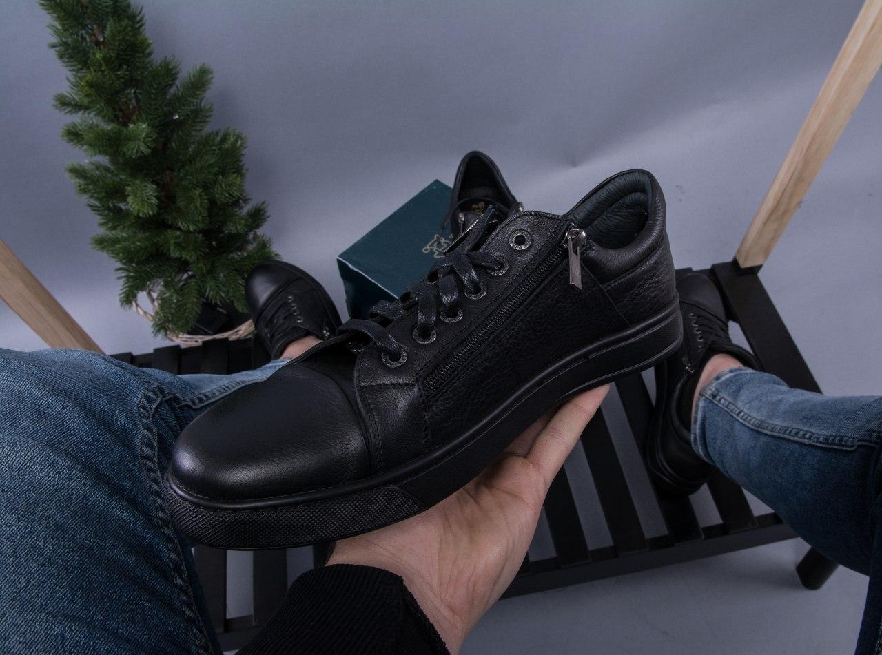 Чёрные мужские кеды кожаные стильные  на шнуровке