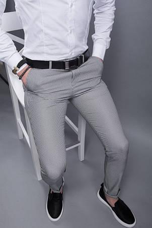 Брюки мужские стильные серые в мелкую клетку зауженные повседневные, фото 2