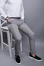 Брюки мужские стильные серые в мелкую клетку зауженные повседневные, фото 3