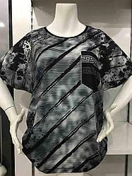 Женская футболка в батальном размере с принтом