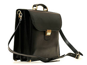 Деловой практичный мужской кожаный портфель ручной работы с плечевым ремнем. Цвет черный