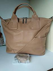 Кожаная  сумка бежевая вместительная в стиле   Polina Eiterou