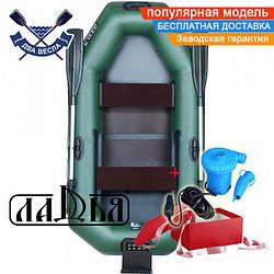 Надувная лодка Ладья ЛТ-220-ДЕСТ двухместная гребная лодка пвх 850 полуторка ТРАНЕЦ слань-коврик сдвиж сид