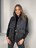 Женская стильная жилетка с накладными карманами на утеплителе силикон (Норма), фото 4