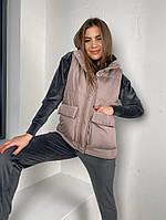 Женская стильная жилетка с накладными карманами на утеплителе силикон (Норма), фото 9
