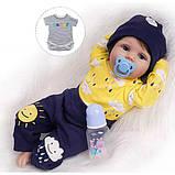 Силиконовая коллекционная кукла Reborn Doll Мальчик Вовочка 55 см (200), фото 2