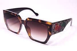 Солнцезащитные очки Gucci 0630 C3