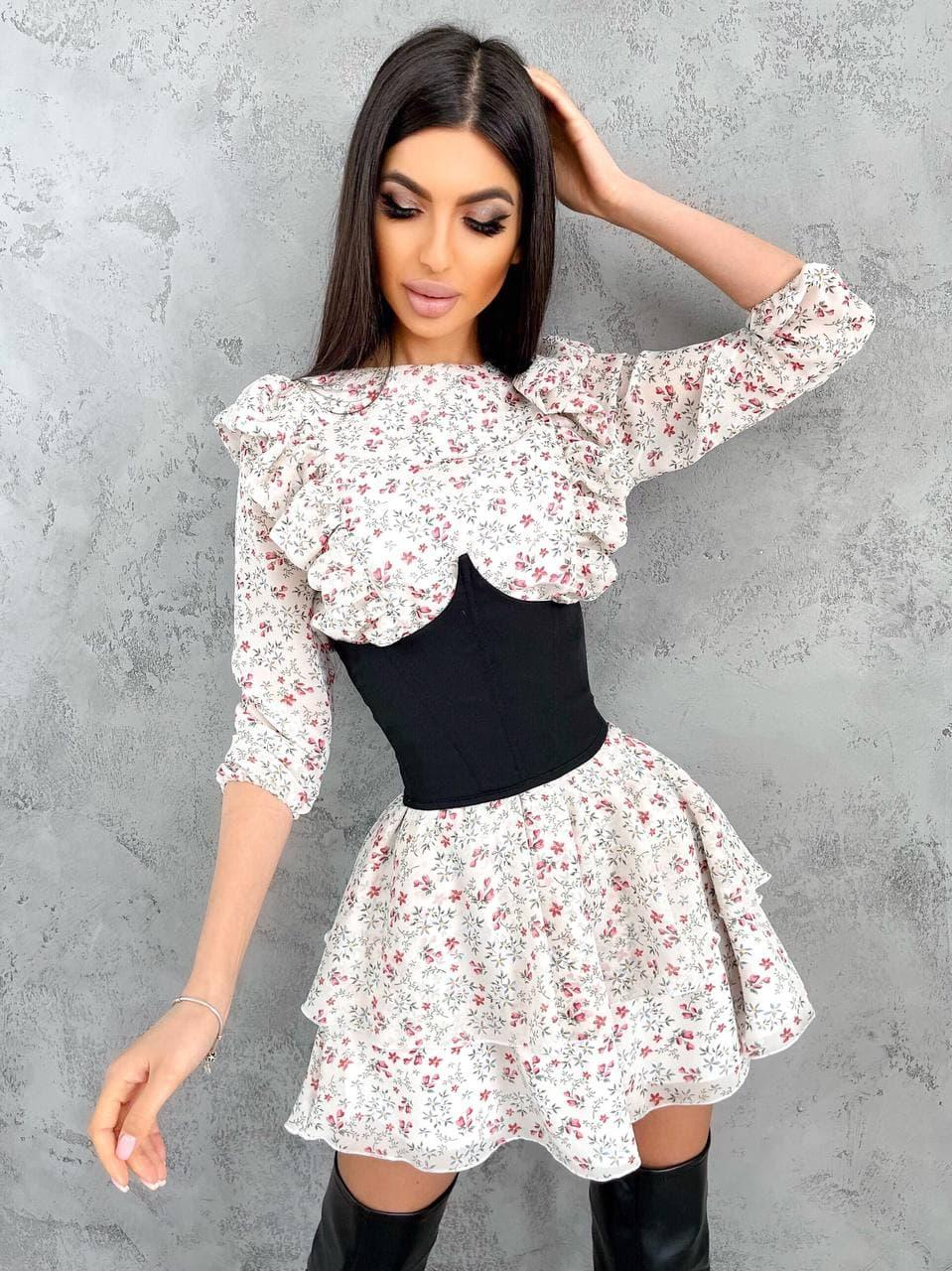 Платье шифоновое в цветочный принт с рюшами и корсетом (р. S-M) 66py2222Е