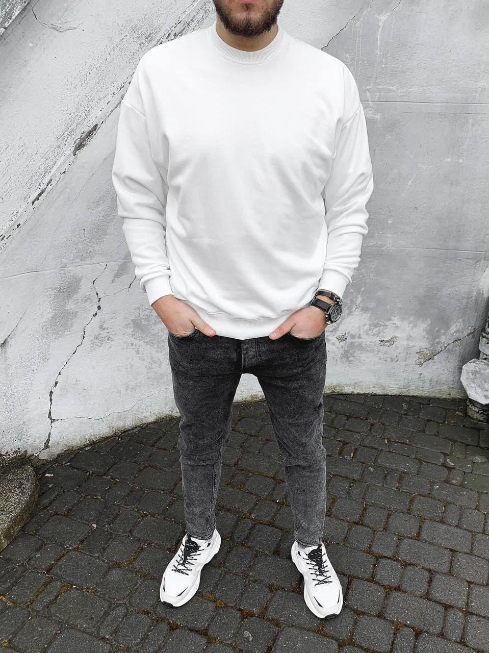 Свитшот мужской oversize белого цвета