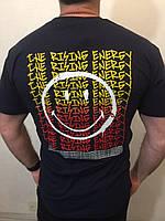Молодежная мужская футболка на спинке смайлик