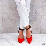 Женские туфли черные / красные с ремешком на каблуке 8,5 см эко замша, фото 4