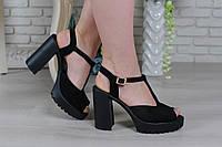 Чёрные босоножки на каблуке из натуральной замши