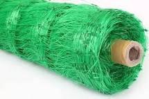 Сетка шпалерная для огурцов ширина 1,7 метров зеленая.