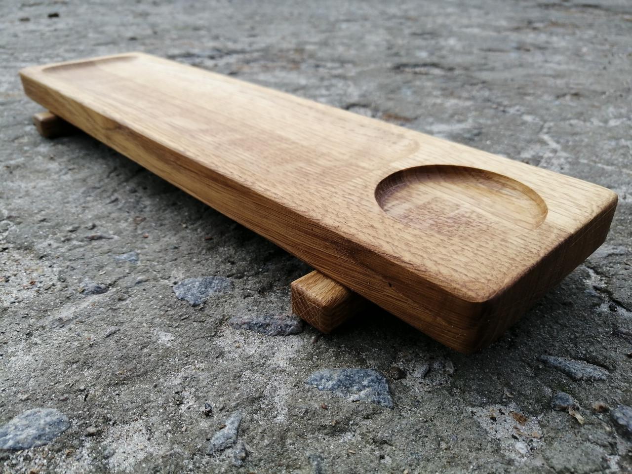 Деревянная Доска для подачи на ножках с соусником