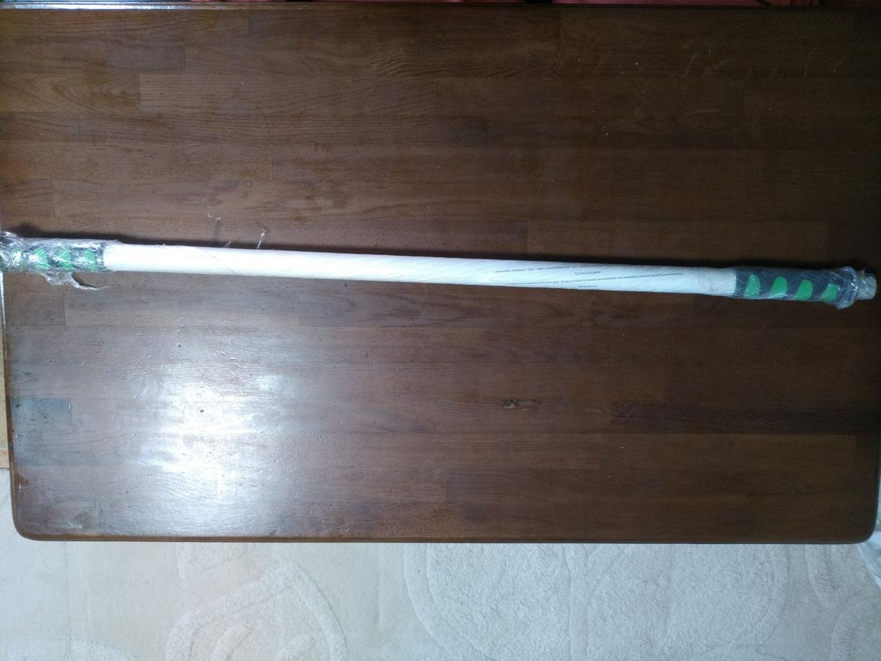 Турник в дверной проем 95-110 см , с мягкими неопреновыми ручками