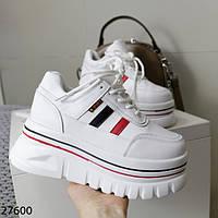 Жіноче взуття від взуттєвої фабрики